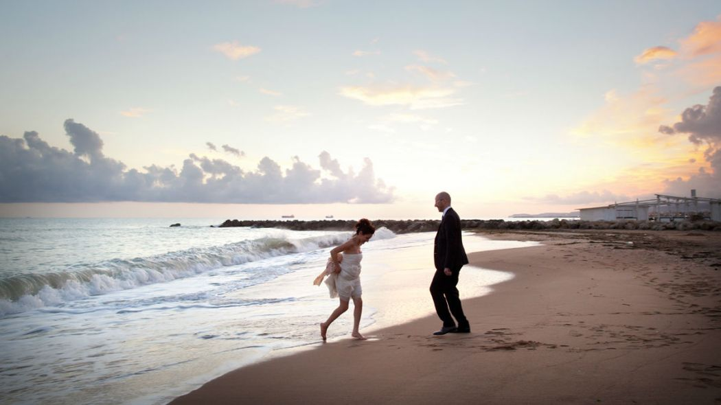 Matrimonio in spiaggia: cosa ne pensano blogger e wedding planner?